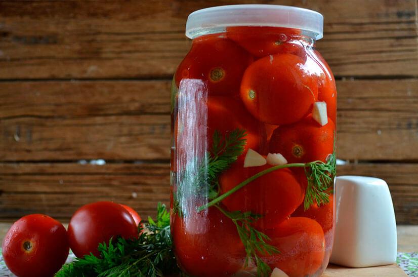 Помидоры с морковной ботвой - рецепты заготовок