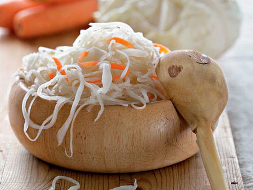 Квашена капуста на зиму - польза, особенности приготовления, рецепты